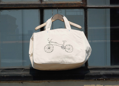 One-language-tote-bag