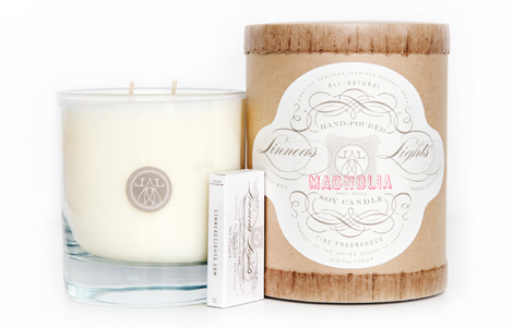 Linneas-lights-soy-candle