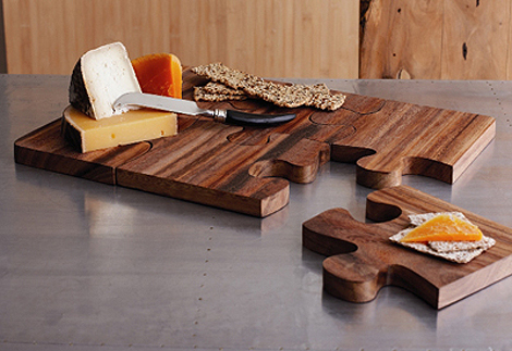Roost-puzzle-serving-board