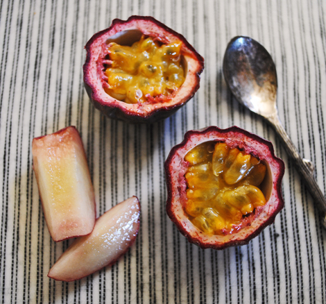 Passion-fruit-white-peaches