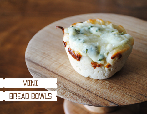 Spinach-dip-mini-bread-bowl1