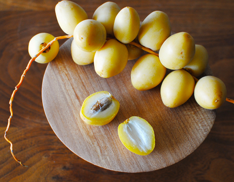 Yellow-barhi-dates-1