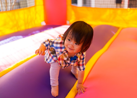 Oh-joy-ruby-bounce-house-4