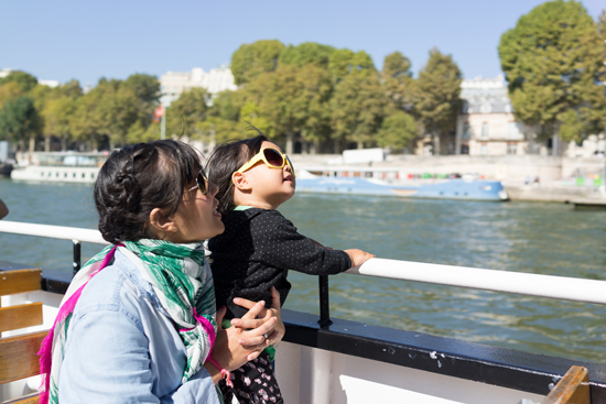 Oh Joy Paris| Eiffel Tower Boat