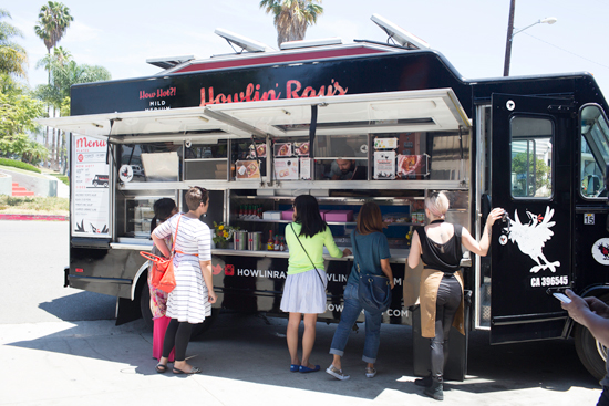 Howlin' Ray's Fried Chicken Truck / Los Angeles
