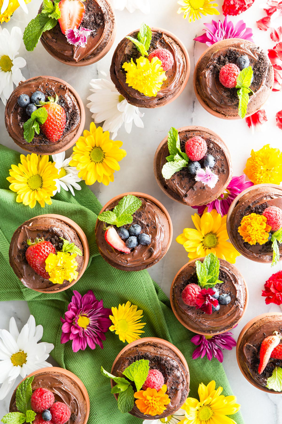 Flower Pot Cupcakes by Weelicious