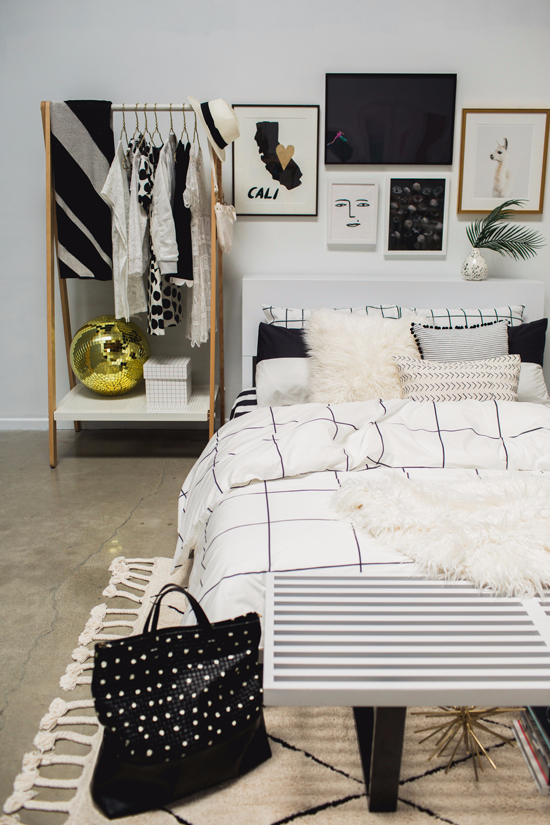 4 Tips For A Cool Black U0026 White Bedroom