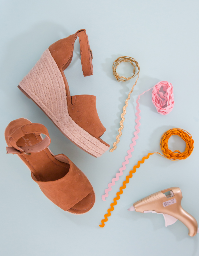 Everything you need to make DIY Rick Rack Wedges! / Oh Joy!