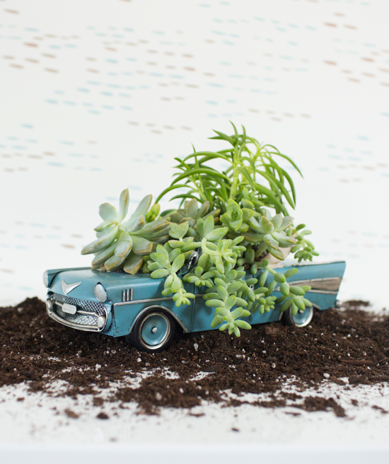 Vintage Car Planter DIY