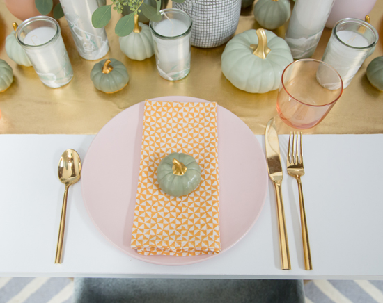 a pretty fall table...