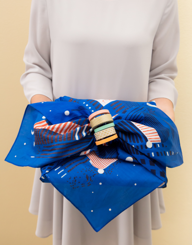 Three Ways to Furoshiki... / Craft Kit via Oh Joy!