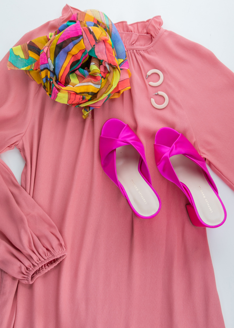 Color Adventures: Oh Joy! Wears Pink...
