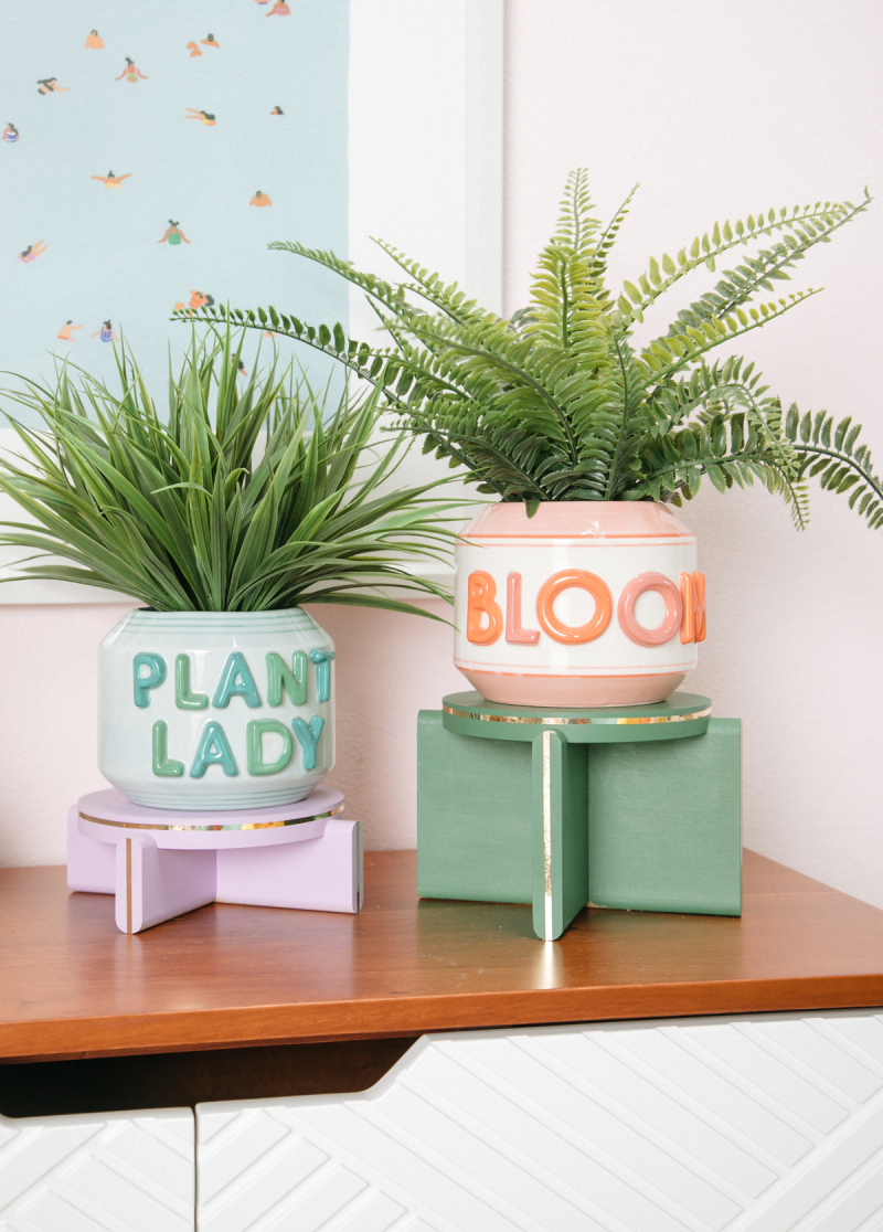 The Prettiest Painted Plant Stand / DIY via Oh Joy!