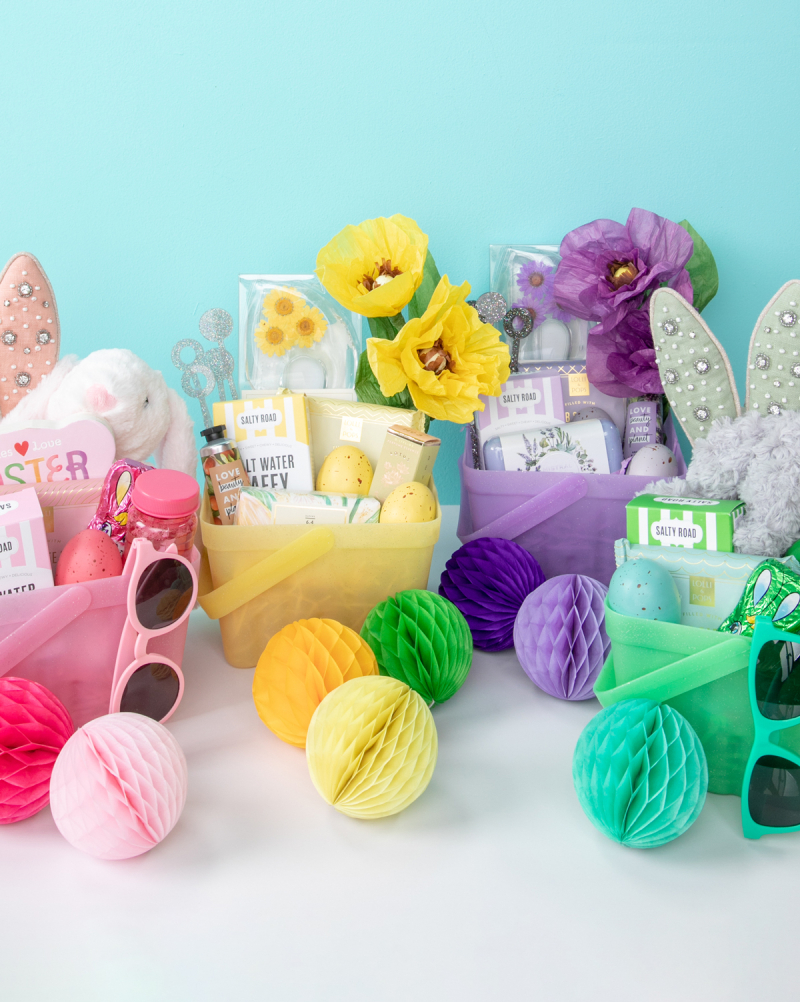 monochromatic easter baskets!
