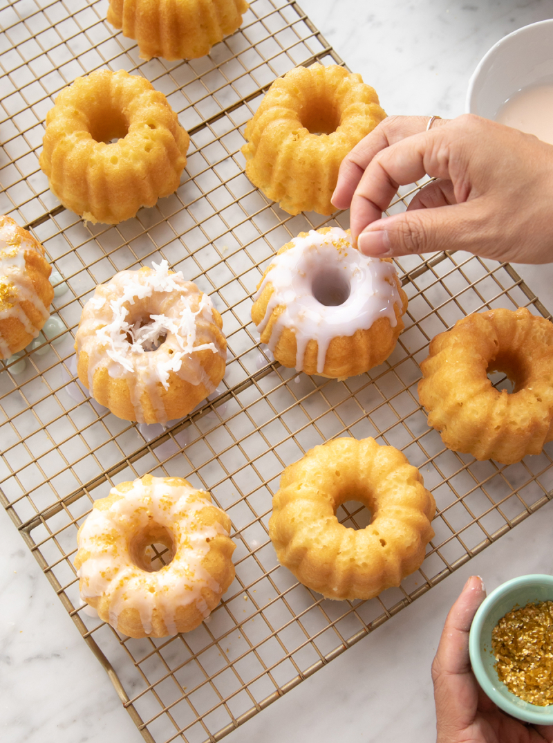 Mini Bundt Cakes / Recipe via Oh Joy!
