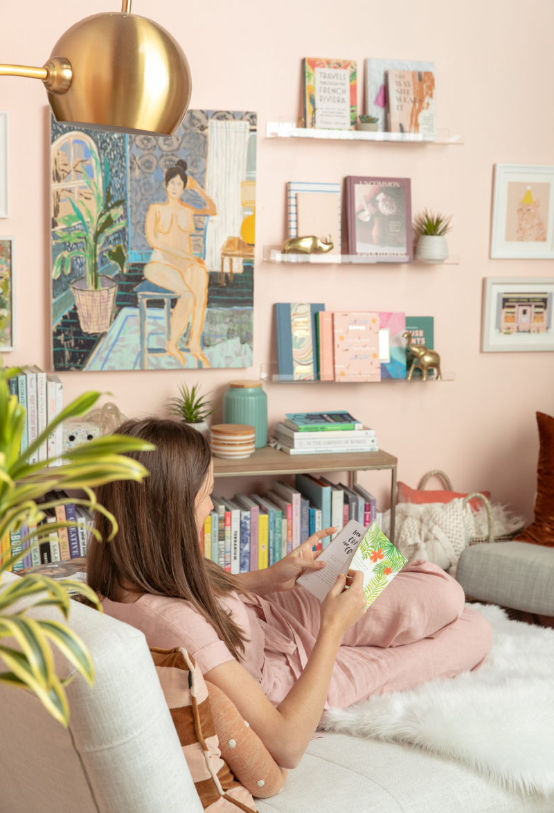 happy space: traci's library / via oh joy!